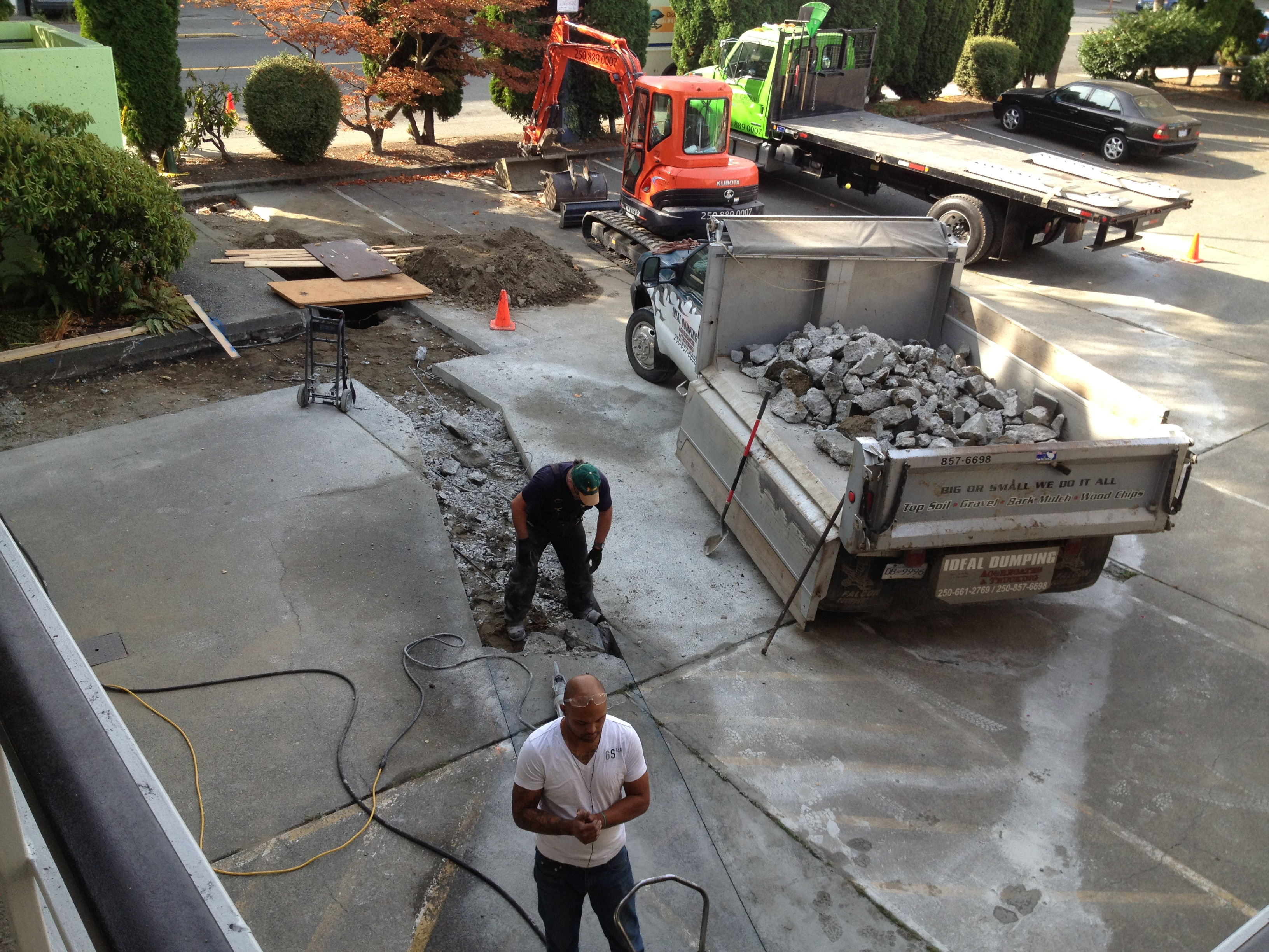 Rock and concrete breaking and removal victoria bc for Removing concrete driveway