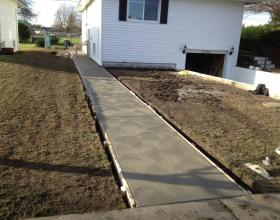Concrete sidewalk forming and finishing in Victoria BC
